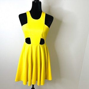 WOMEN'S CUT OUT FIT AND FLARE DRESS SZ:M